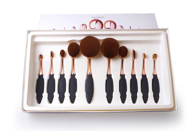 Oval Brush Set ( 10-Piece ) - Black and Gold
